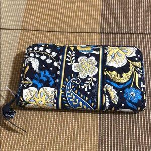 Vera Bradley Zip Around Wallet Floral New